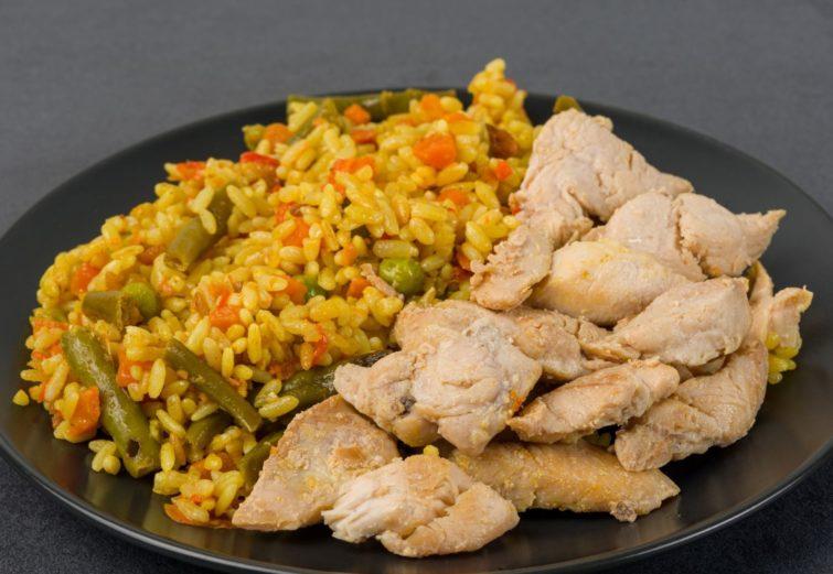 Rissoto ar vistas gaļas gabaliņiem sojas mērcē